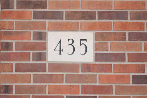 435 Robinscrest Lane - Photo 2