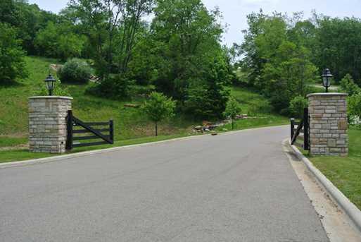 104 Orchard Wood Path - Photo 2