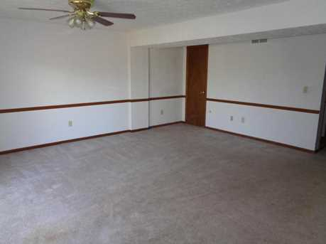 253 Constitution Drive - Photo 10