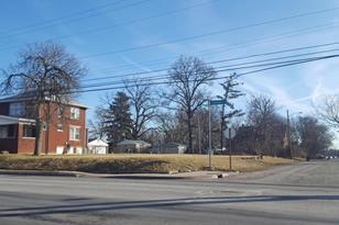 2860 Cleveland Avenue - Photo 1