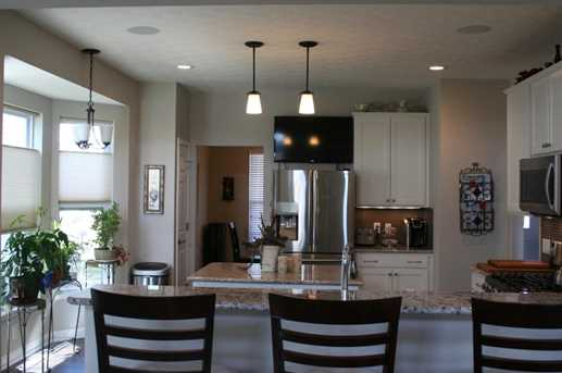 8691 Crooked Maple Drive - Photo 6