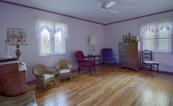 5454 Indian Hill Road - Photo 14