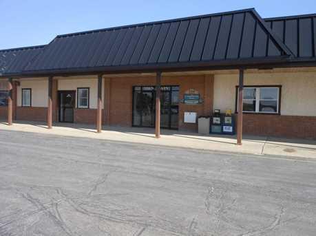 324 N Main St - Photo 1