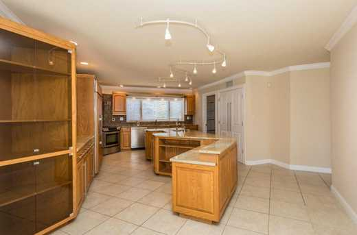 8071 Olentangy River Road - Photo 12