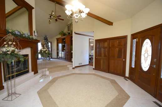 3675 Africa Rd - Photo 4