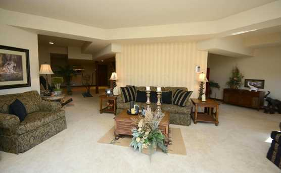 3675 Africa Rd - Photo 24