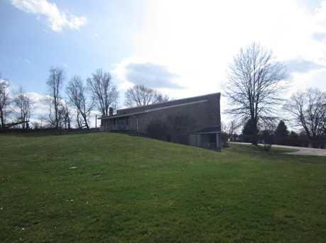5455 Frazeysburg Road - Photo 2