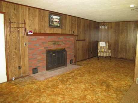 17635 Coshocton Rd - Photo 4