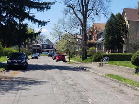 1598 Granville Street - Photo 2
