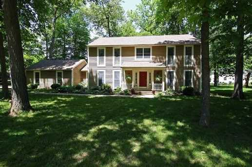 570 Hickory Place - Photo 1