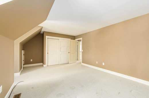 5049 Glenaire Dr - Photo 28