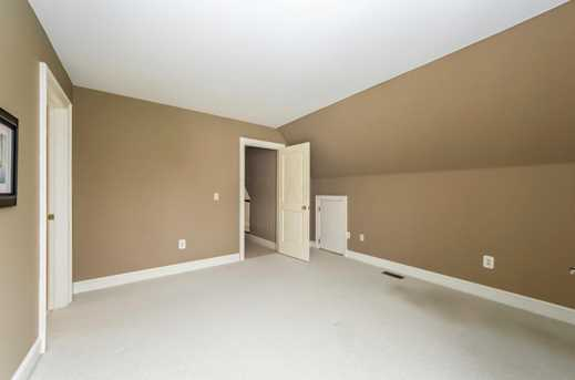 5049 Glenaire Dr - Photo 26