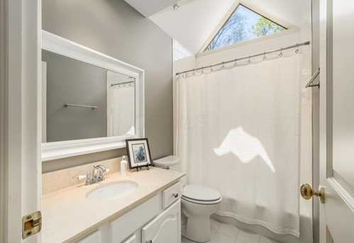 5049 Glenaire Dr - Photo 30