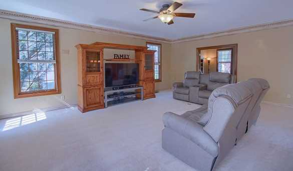 13384 Wellesley Drive - Photo 14
