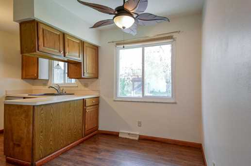 4401 Kenmont Place - Photo 8