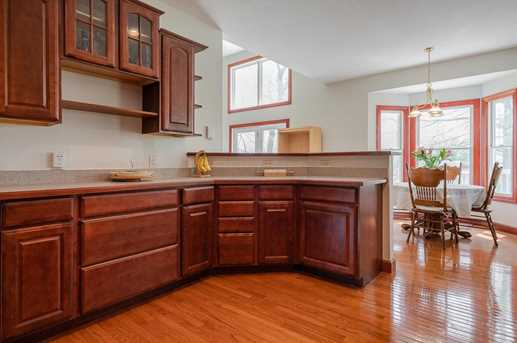4060 Berrywood Dr - Photo 8