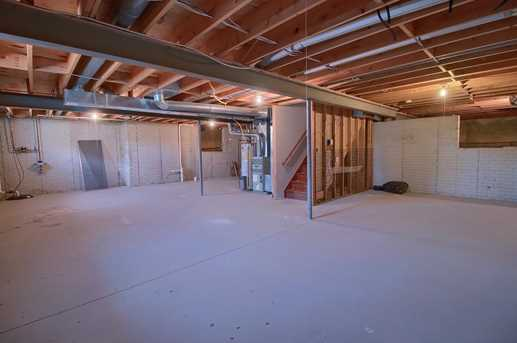920 Congressional Way - Photo 38