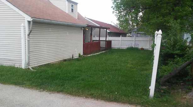 488 Parkwood Ave - Photo 4