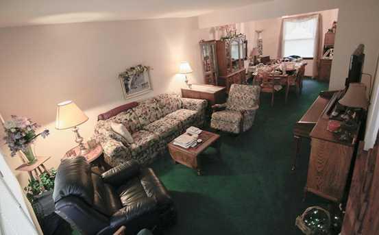 1360 Oak Knoll Court - Photo 6
