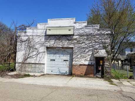 208 Slocum Ave - Photo 1