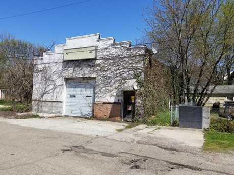 208 Slocum Ave - Photo 2