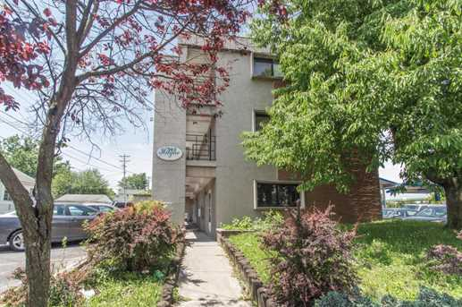 563 S Hague Avenue - Photo 2