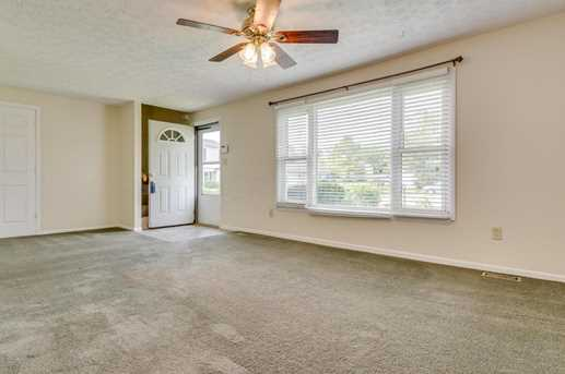 8636 Brookcrest Court - Photo 4