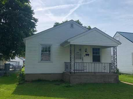 420 Busby Ave - Photo 1