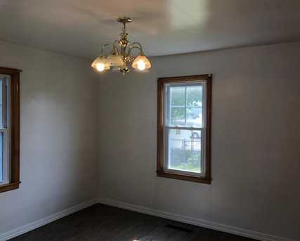 420 Busby Ave - Photo 8
