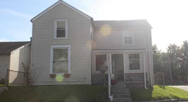 397 S Oakley Ave - Photo 2