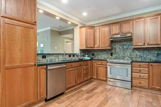 3175 Tremont Rd #207 - Photo 4