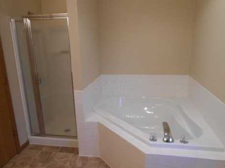 1554 Windsong Dr - Photo 14