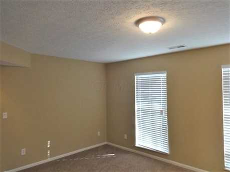 8 Greenfield Dr - Photo 2