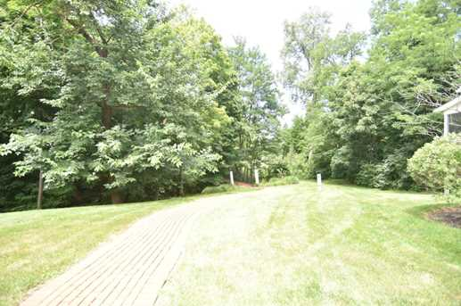 325 Sycamore Woods Ln - Photo 36
