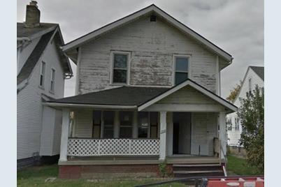 599 Townsend Avenue - Photo 1