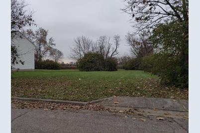 686 Stambaugh Avenue - Photo 1