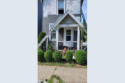 608 Stanley Avenue - Photo 1