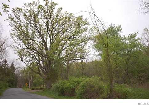1 Walnut Hill Road - Photo 4