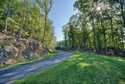 10 Falcon Ridge Drive - Photo 8