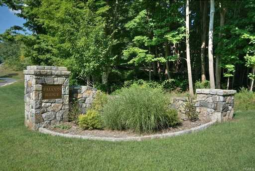 10 Falcon Ridge Drive - Photo 6