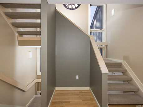 10 Deforest Road - Photo 14