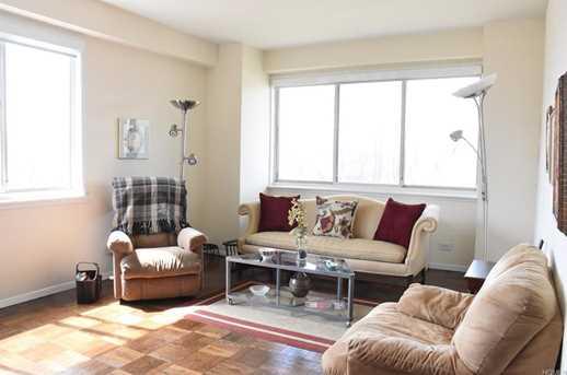 3671 Hudson Manor Terrace #1K - Photo 2