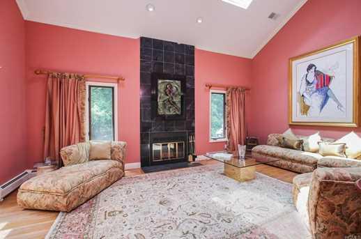 33 Contempra Circle, Tappan, NY 10983 - MLS 4838247 - Coldwell Banker