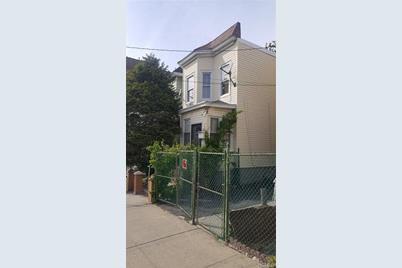 683 East 232nd Street - Photo 1