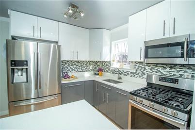 582 Schenck Avenue - Photo 1