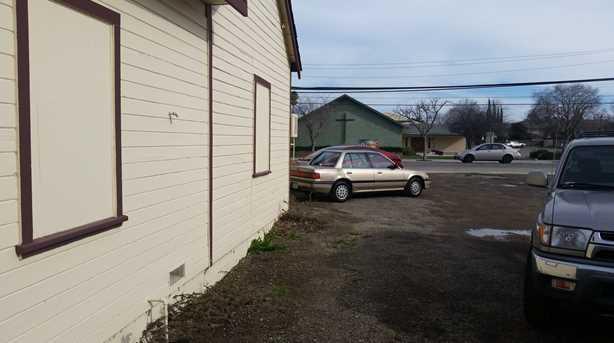 2501 Holly Drive 3 - Photo 8
