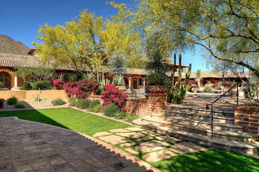 5515 N Saguaro - Photo 2