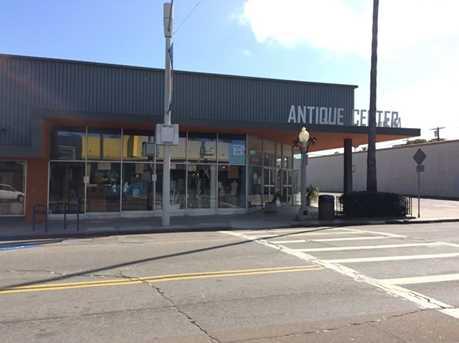 4850-64 Newport Avenue - Photo 4