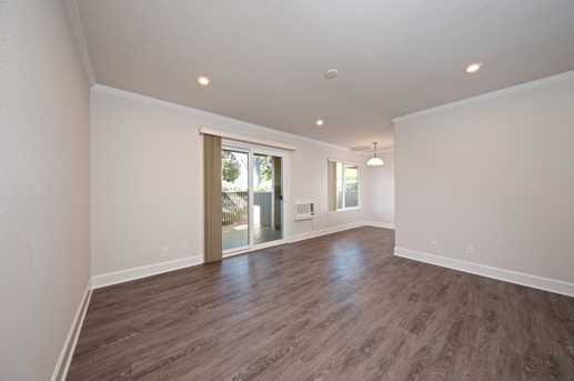 8581 Villa La Jolla Drive I - Photo 2
