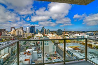 800 The Mark Ln 1702 - Photo 1